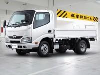Бортовые автомобили Hino 300